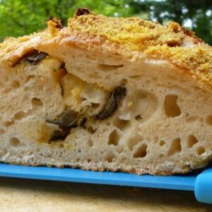 Kefír-kovászos friss bazsalikomos kenyér