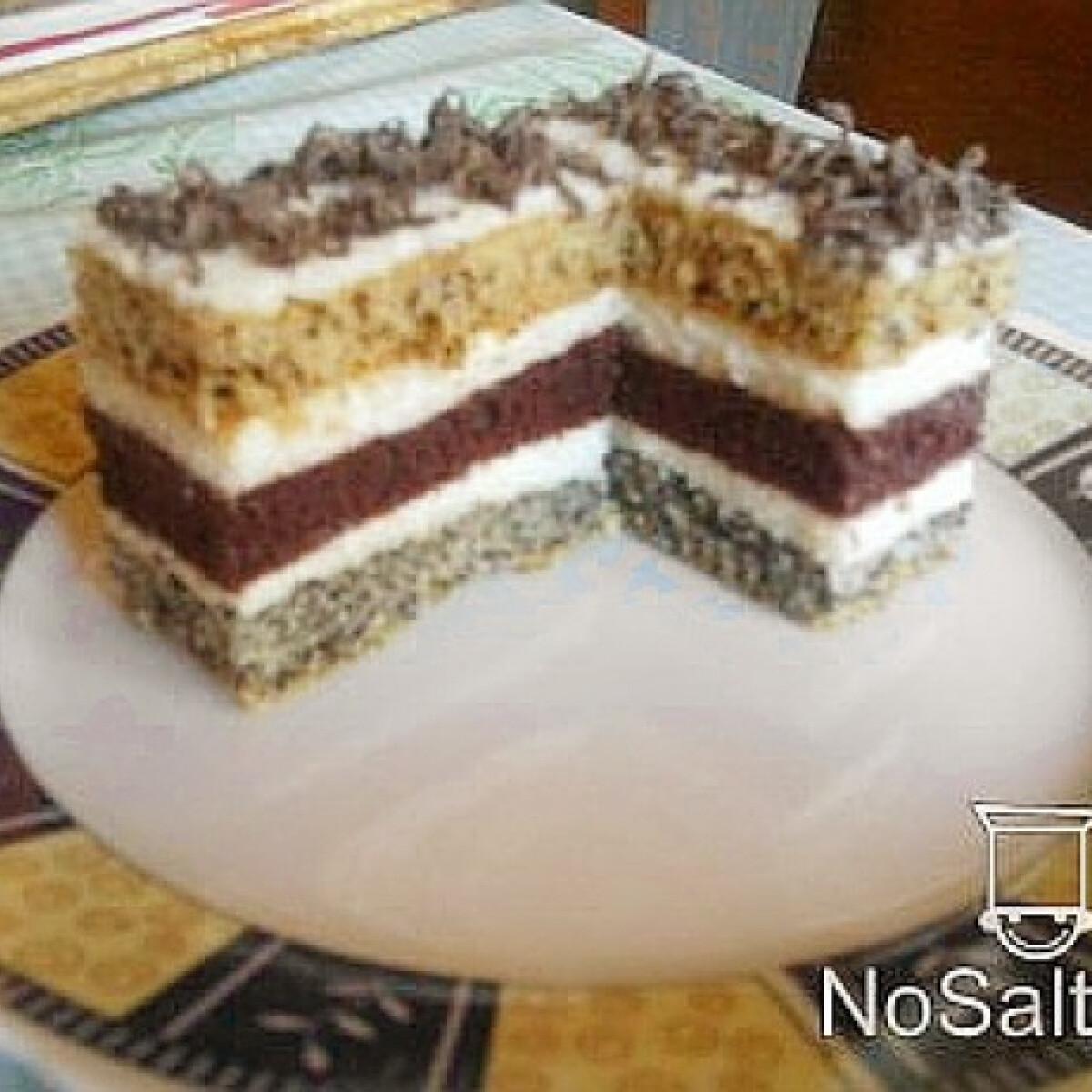 Ezen a képen: Csíkos sütemény Sylvie konyhájából