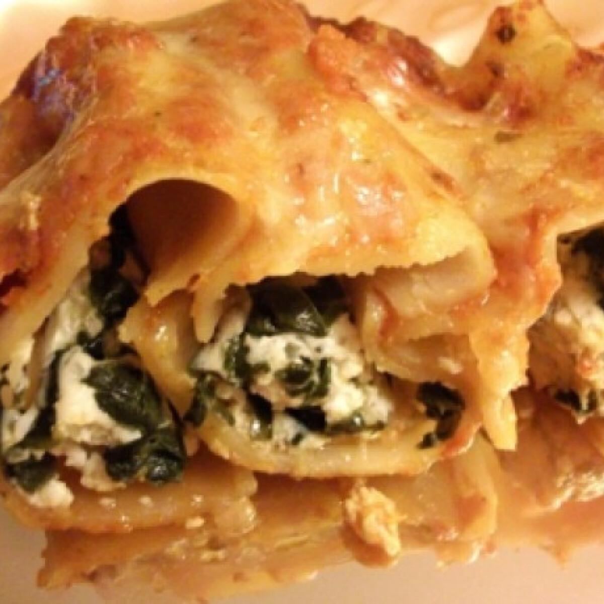 Ezen a képen: Ricottával-spenóttal töltött cannelloni