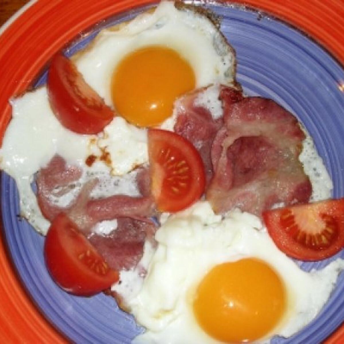 Ezen a képen: Ham and eggs kovextől