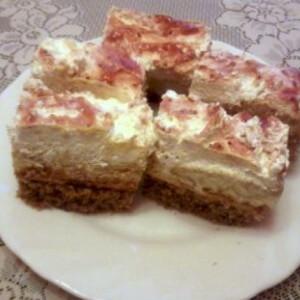 Tejszínes-karamellás sütemény
