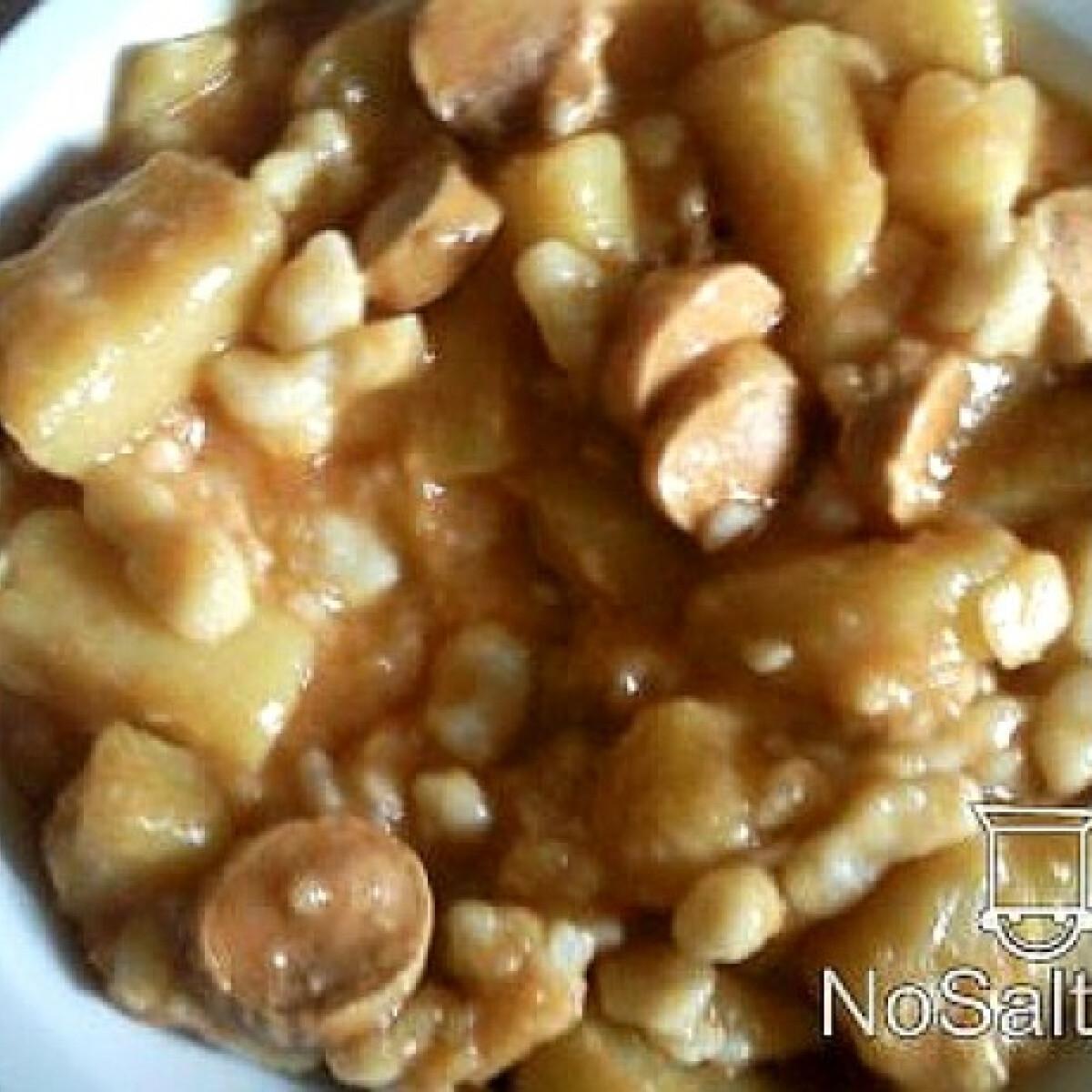 Ezen a képen: Nokedlis paprikás krumpli