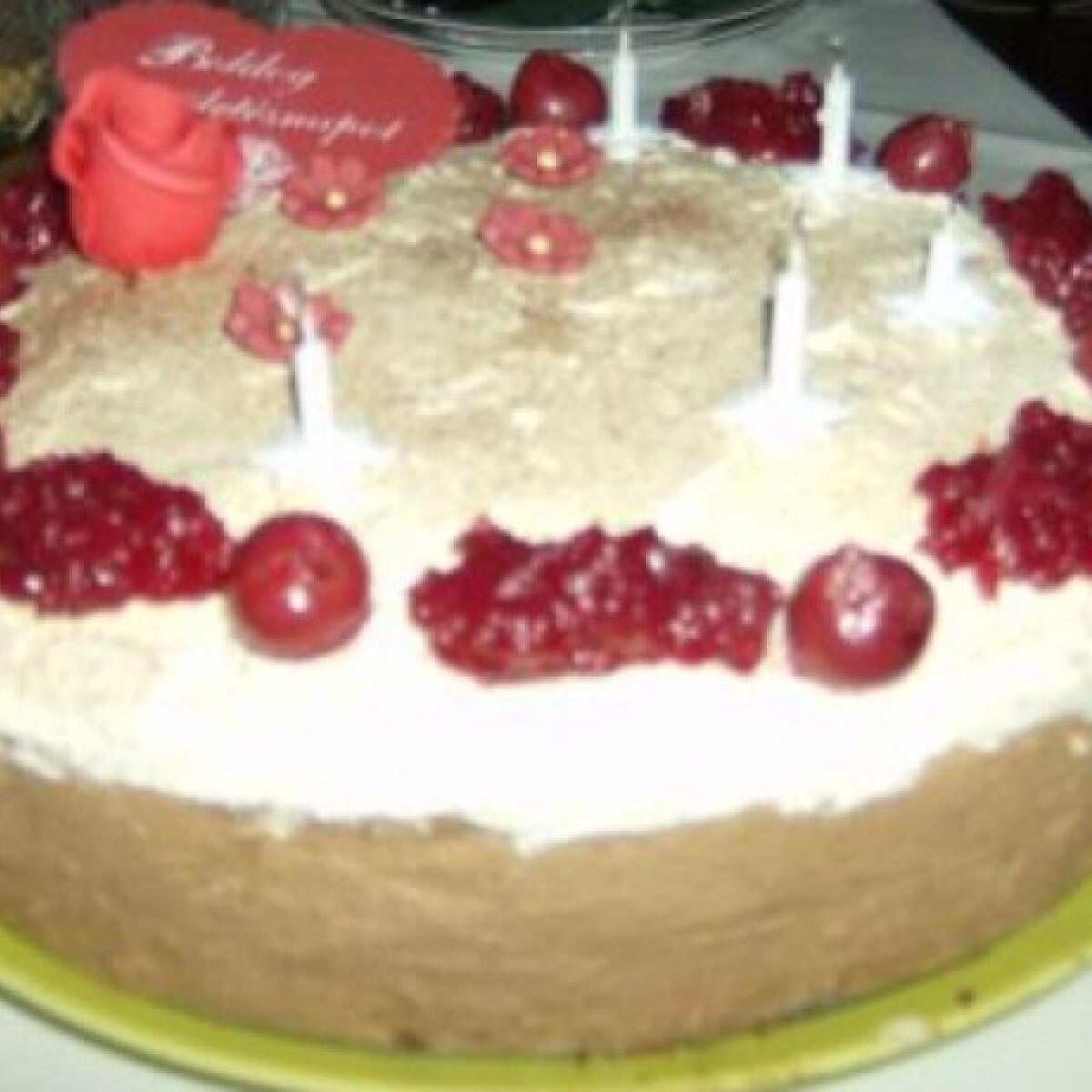 Feketeerdő-torta változat Sziszitől