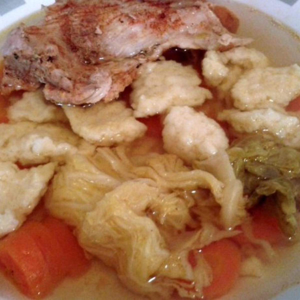 Ezen a képen: Karajcsontból leves