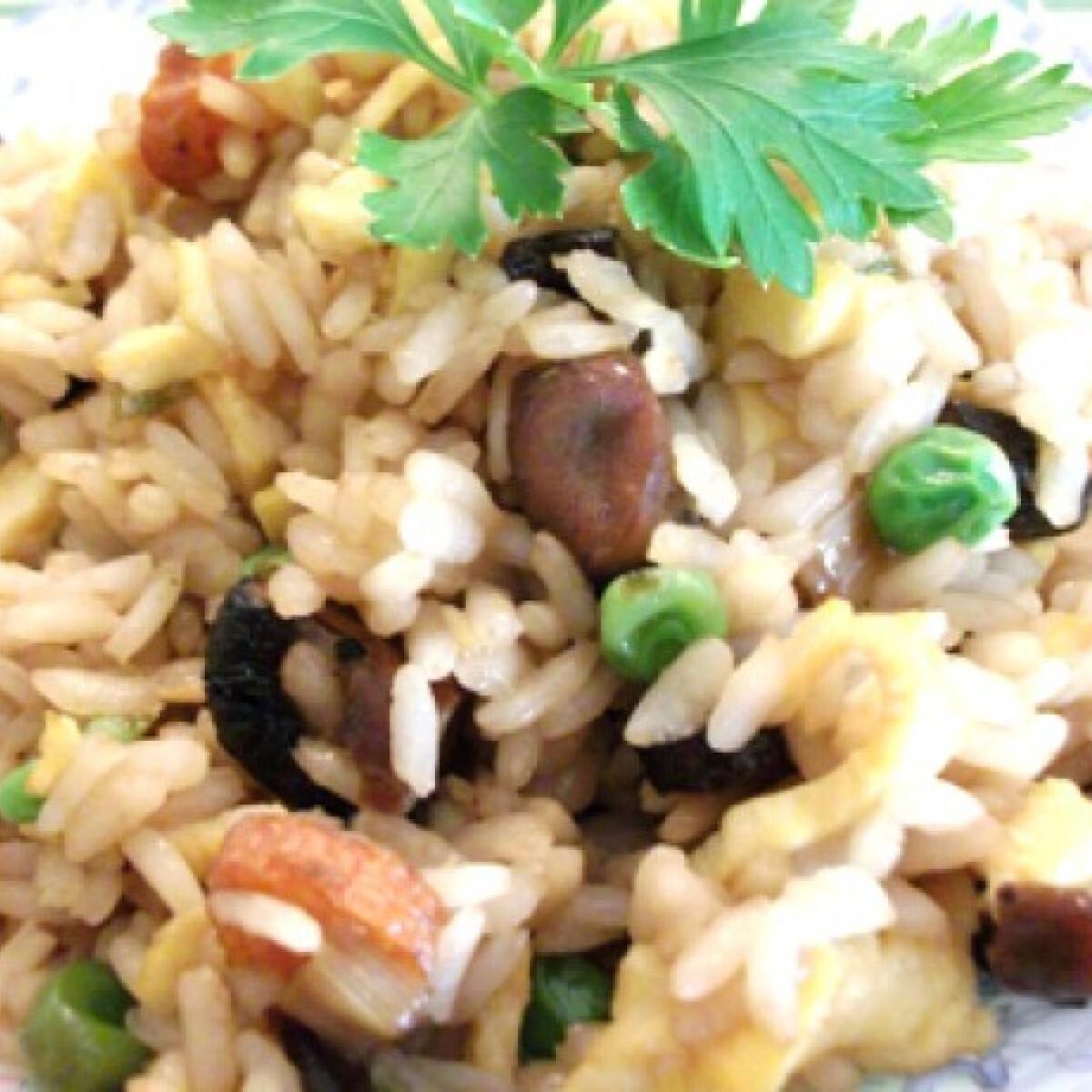 Ezen a képen: Kínai sült rizs