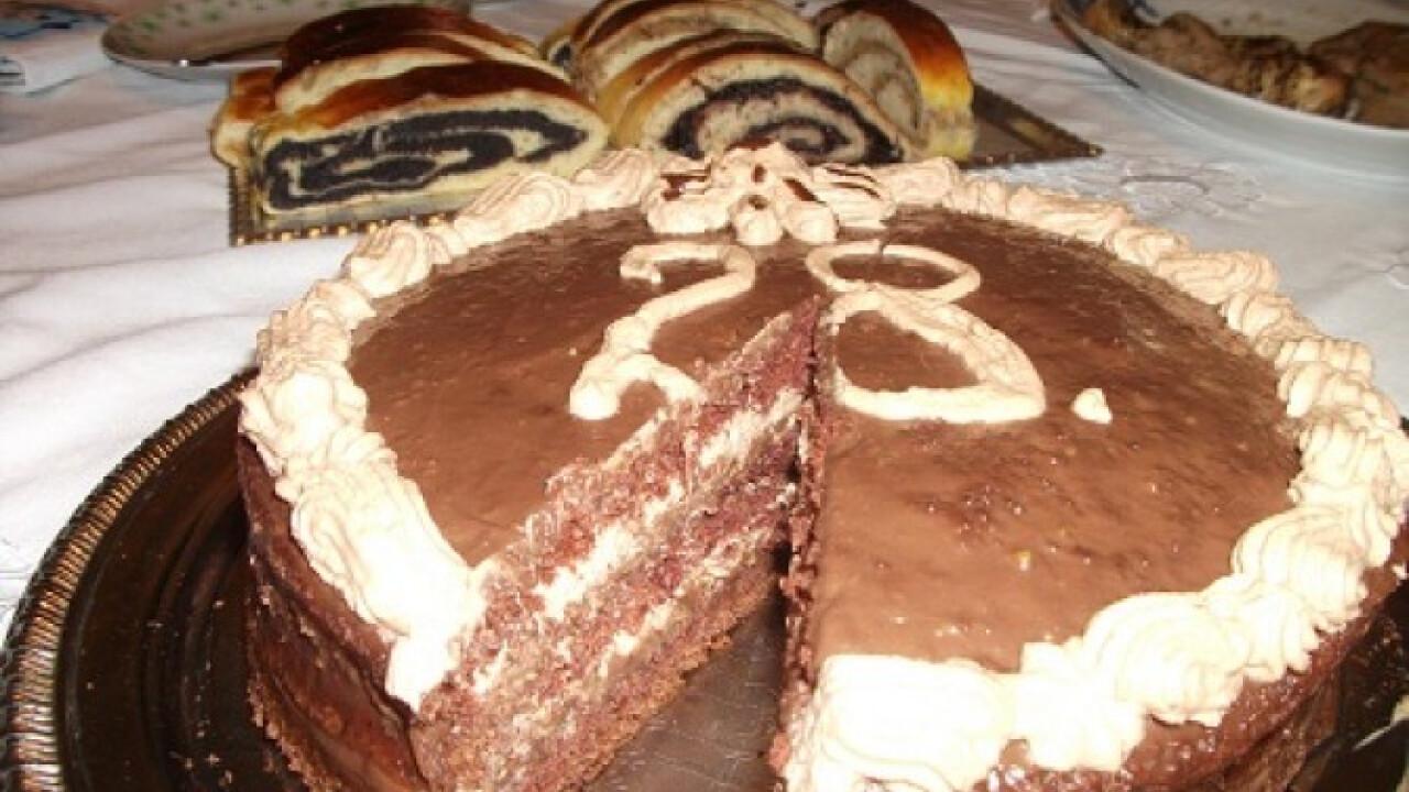 Csupa csokis karamellás torta