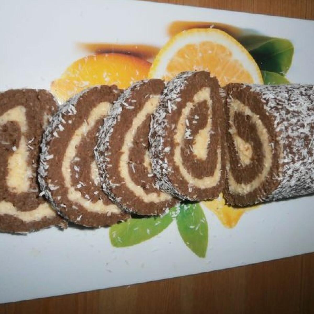 Ezen a képen: Kókusztekercs Anji konyhájából