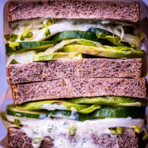 Mega vega szendvics
