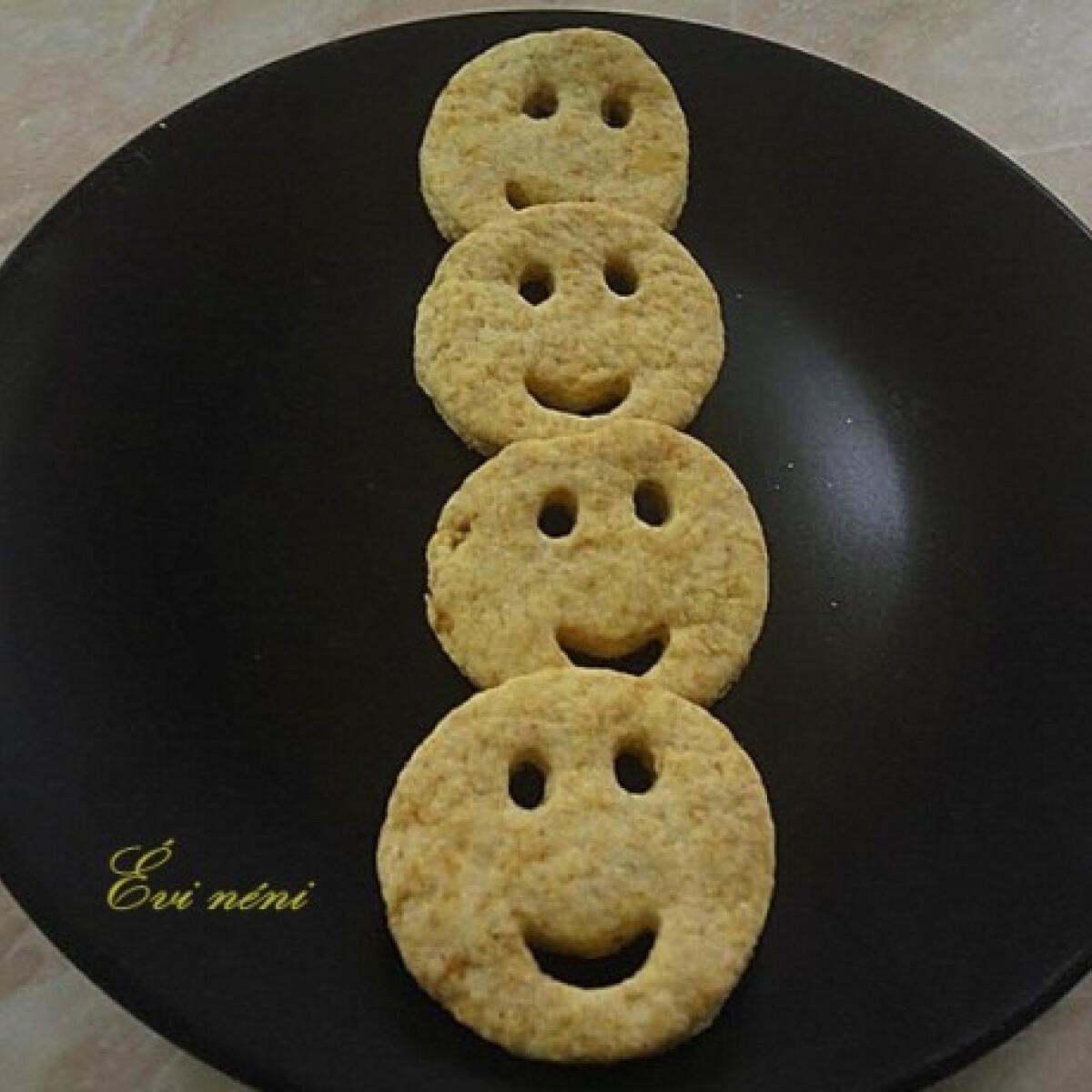 Ezen a képen: Vajas keksz Évi nénitől