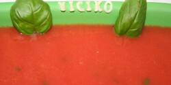 Bazsalikomos paradicsomleves betűtésztával