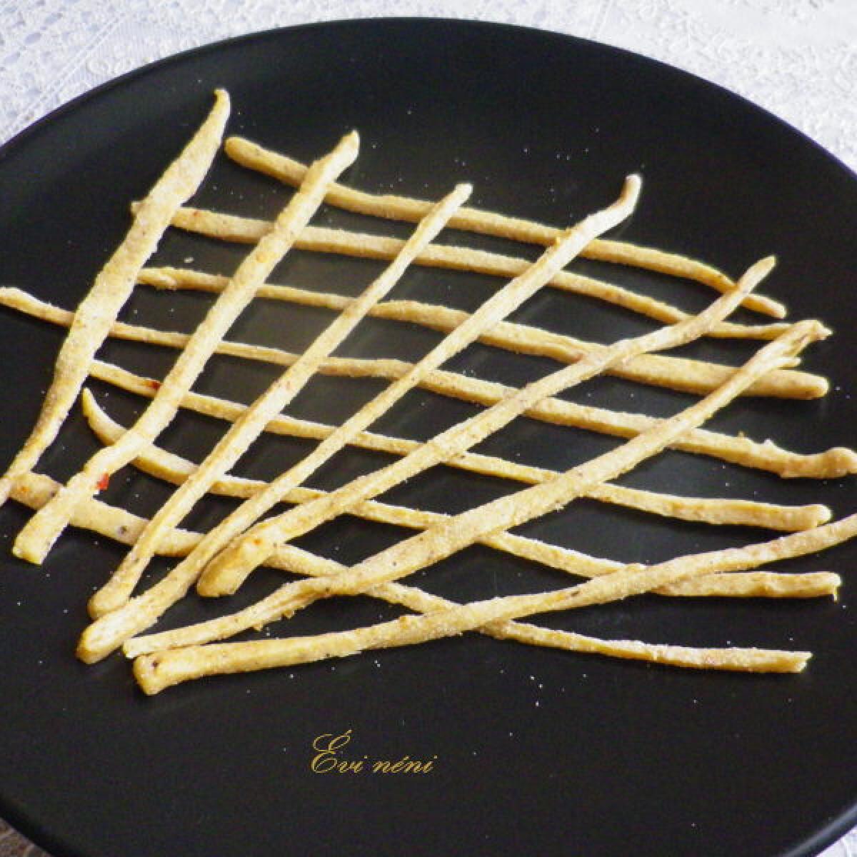 Ezen a képen: Kínai kovászos tészta