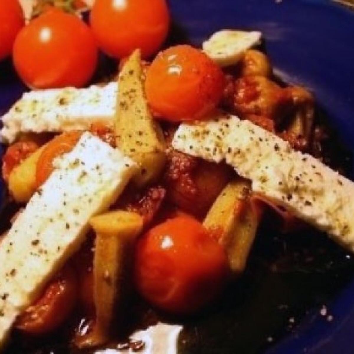 Ezen a képen: Koktélparadicsomos okra fetával