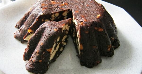 Csokoládés kekszkuglóf - Nosalty