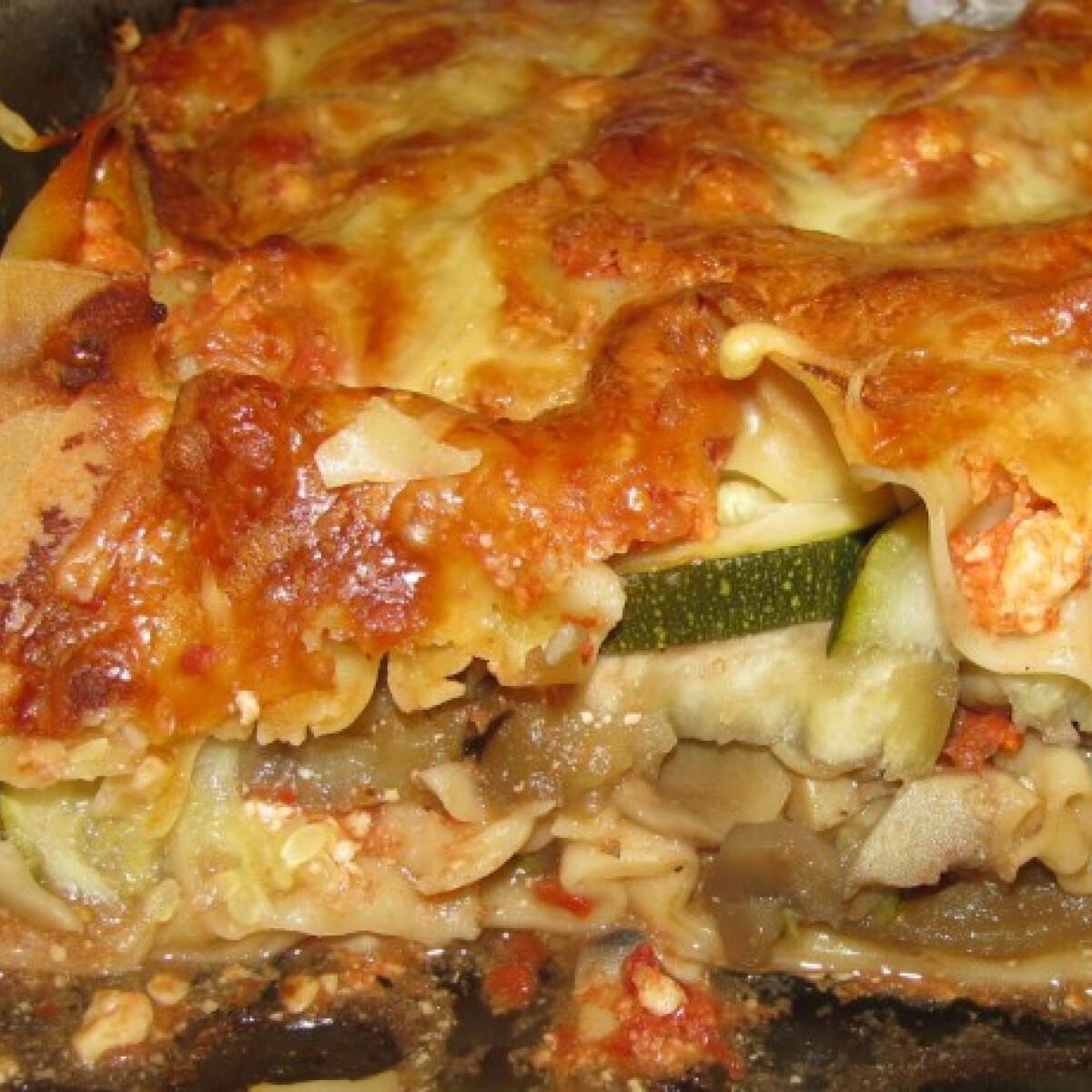 Ezen a képen: Magyaros zöldséges rakott tészta