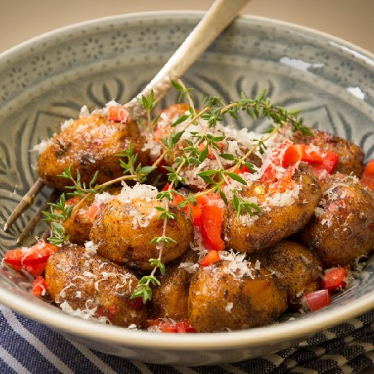 Ezen a képen: Sült paprikás gnocchi