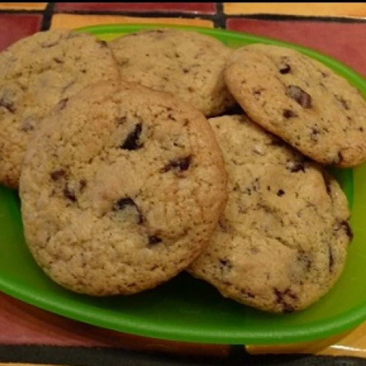 Ezen a képen: Amerikai csokis keksz ahogy urbine készíti