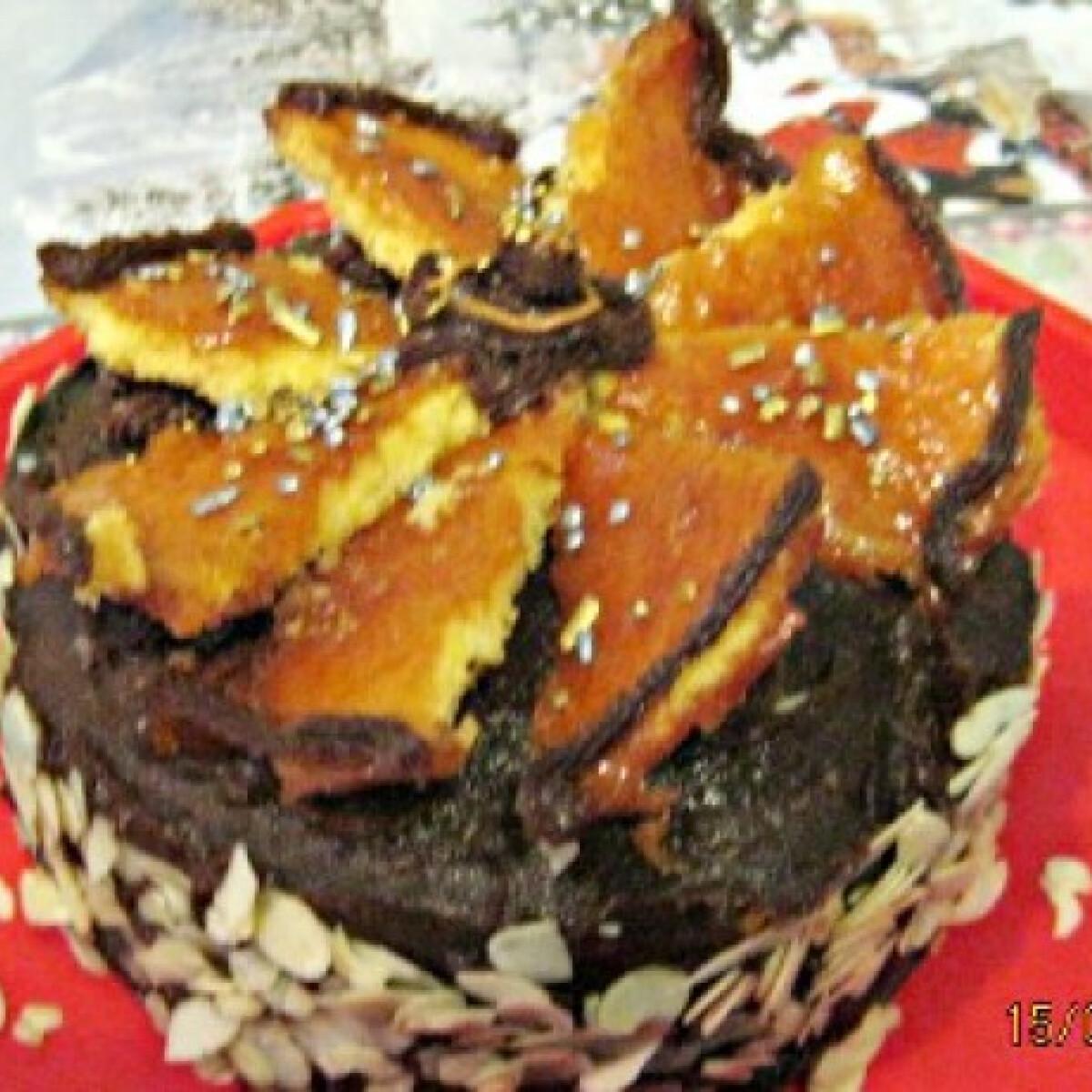Ezen a képen: Dobos-torta Kiss Mónitól