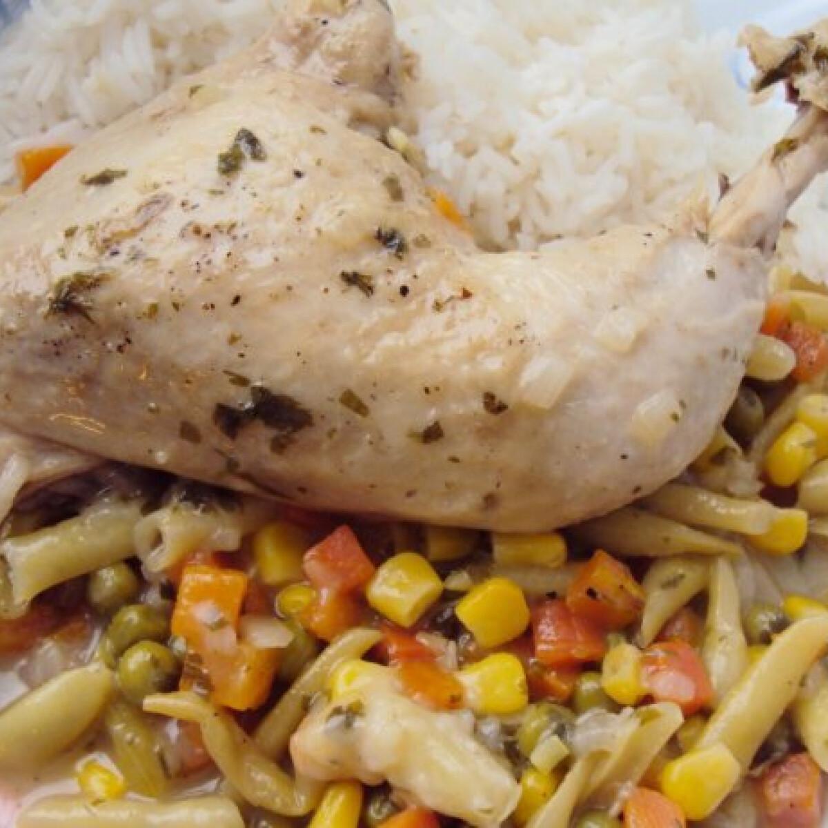 Ezen a képen: Csirke zöldségágyon Sylviától
