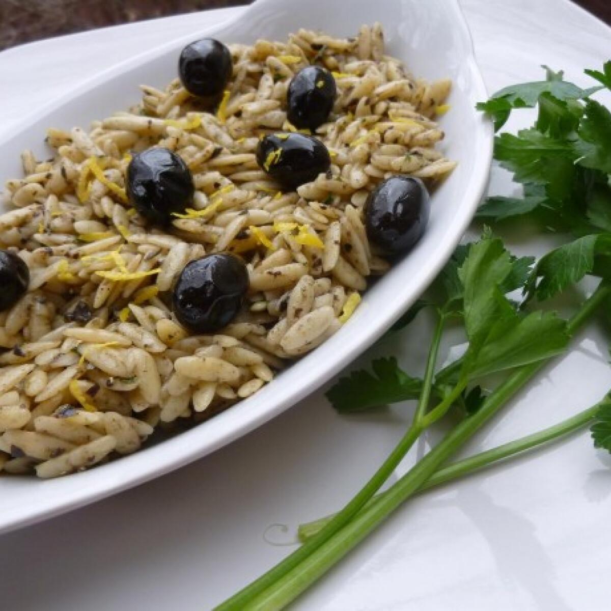 Ezen a képen: Olívakrémes tészta