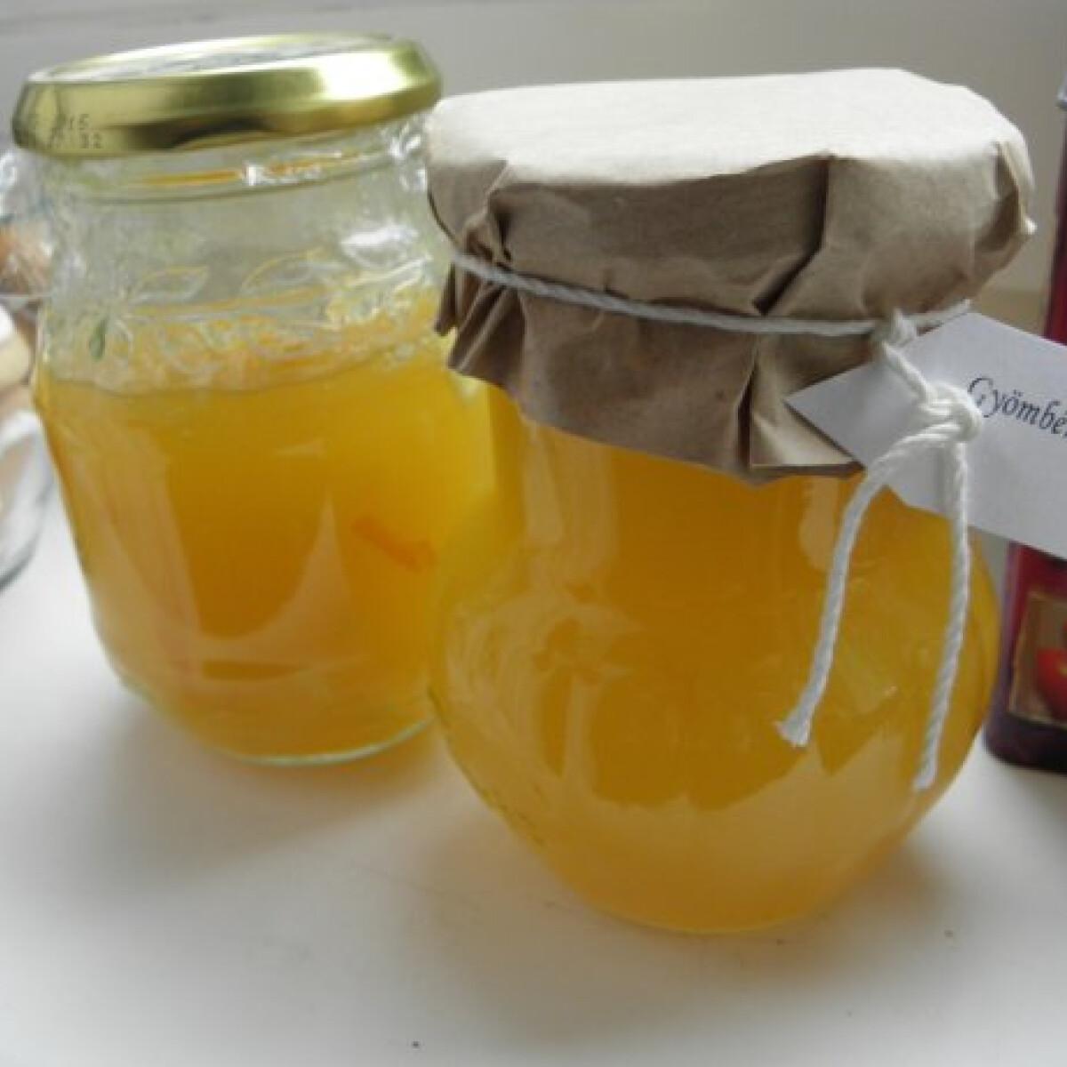 Ezen a képen: Gyömbérzselé citrusokkal