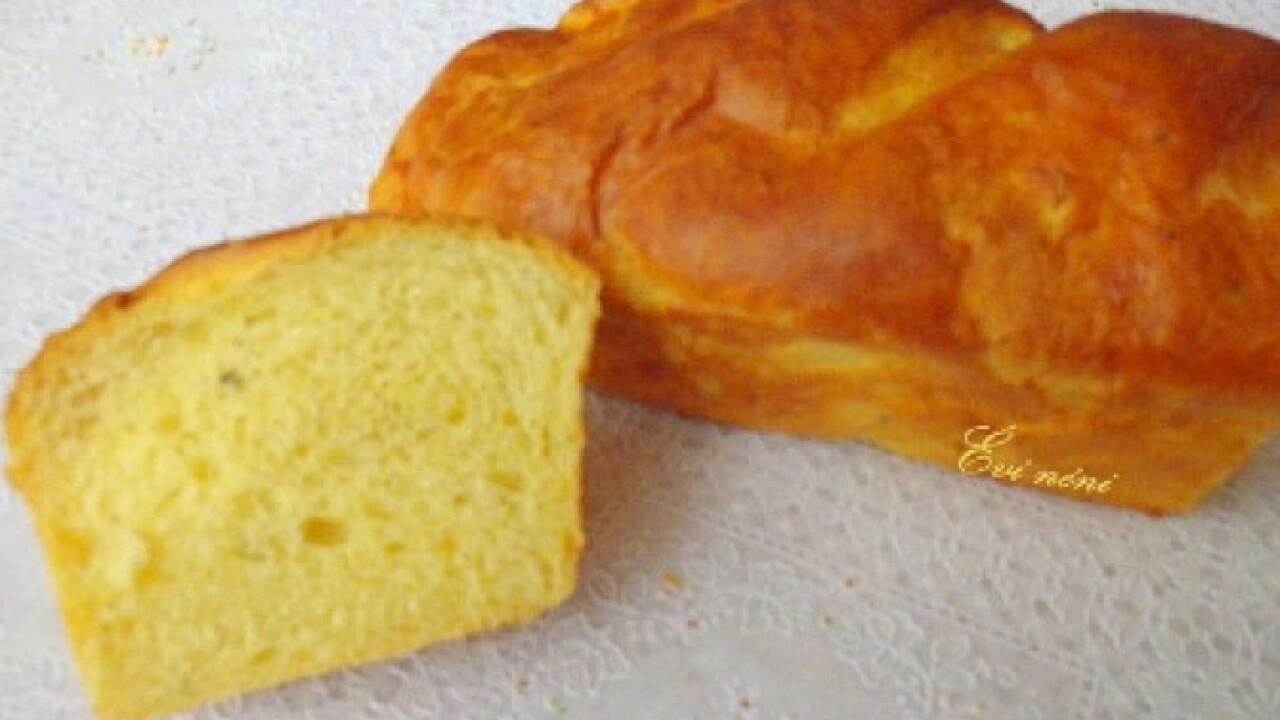 Zöldfűszeres kukoricás kenyér