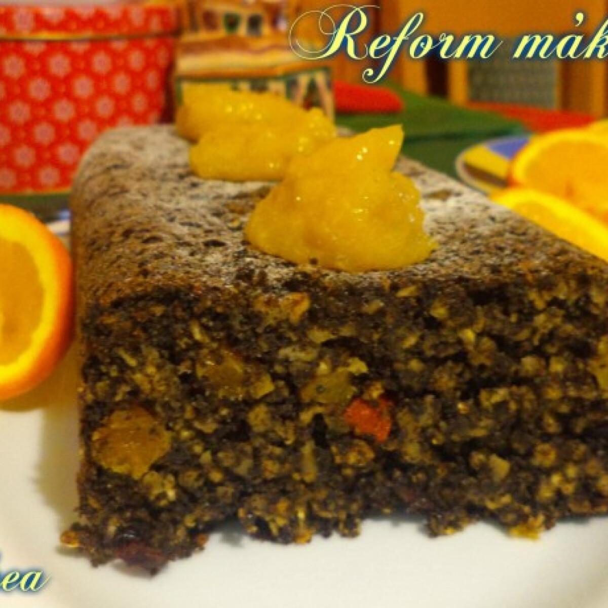 Ezen a képen: Reform mákos Kandi konyhájából