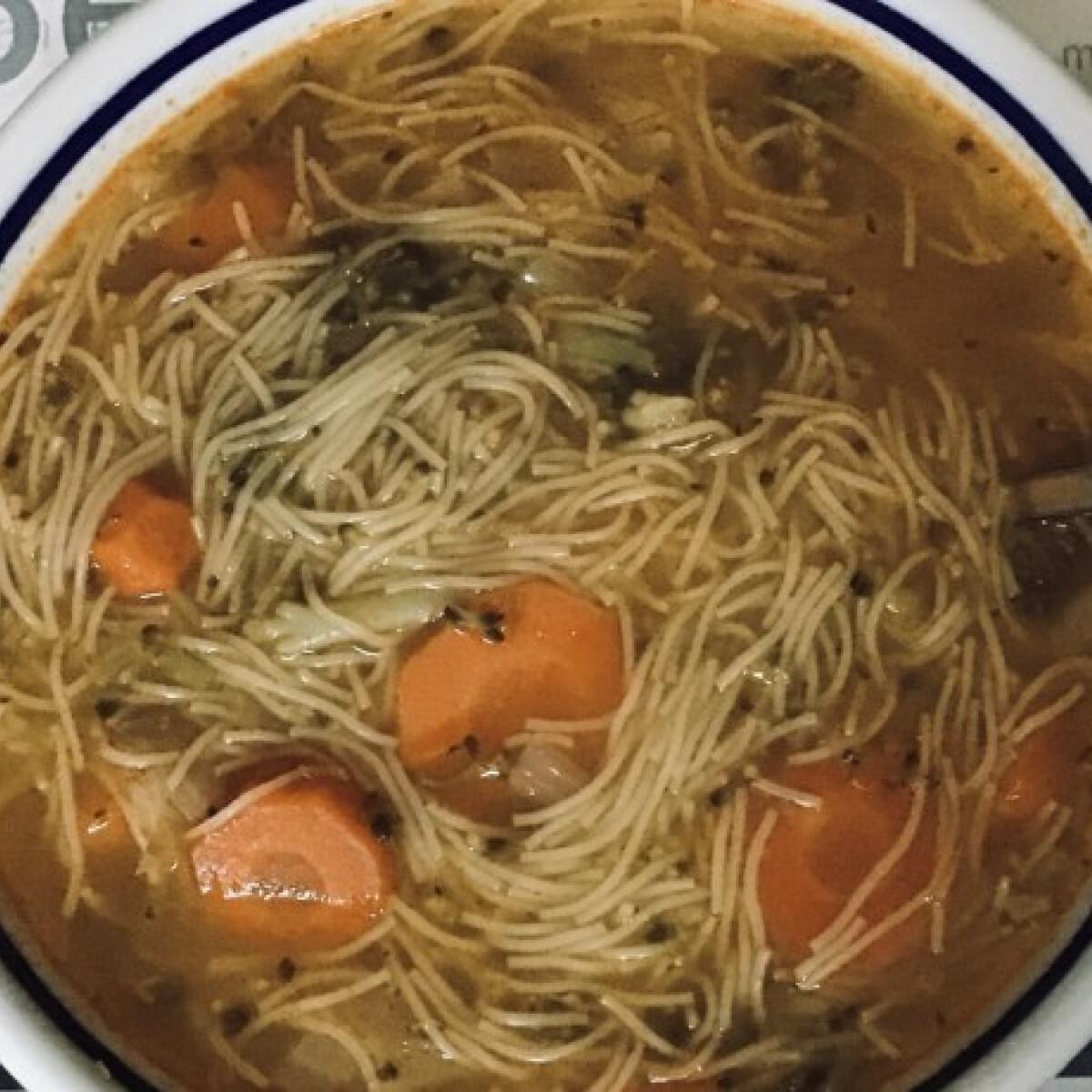 Zöldségleves Mesi konyhájából