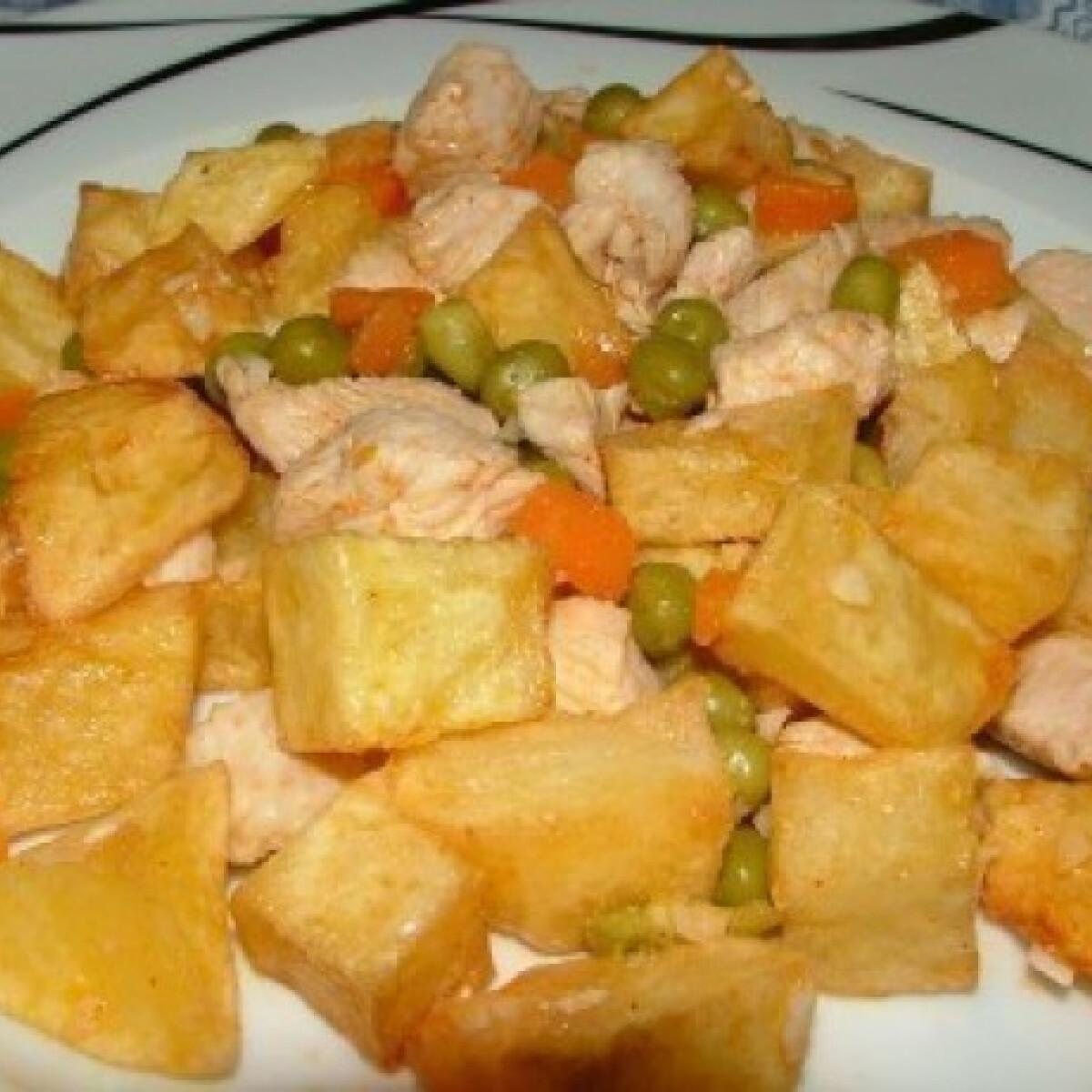 Ezen a képen: Brassói 7.- pulykahúsból, zöldségekkel