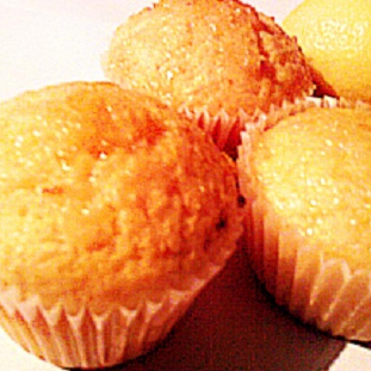 Citromos-kókuszos muffin citrussziruppal