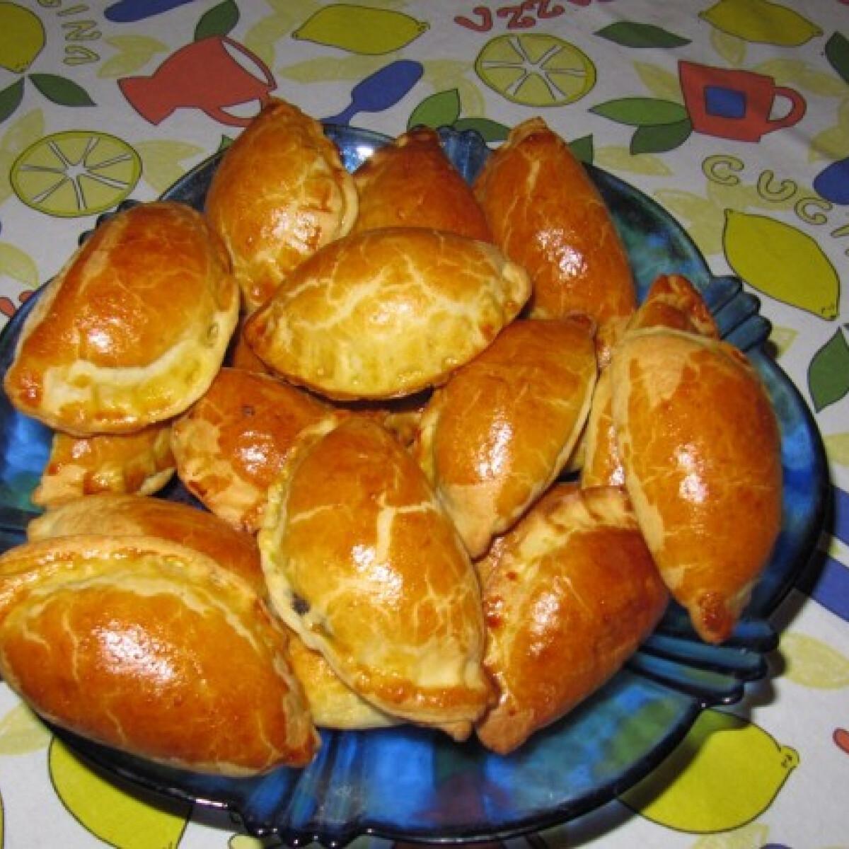 Diós-mákos-csokis kifli