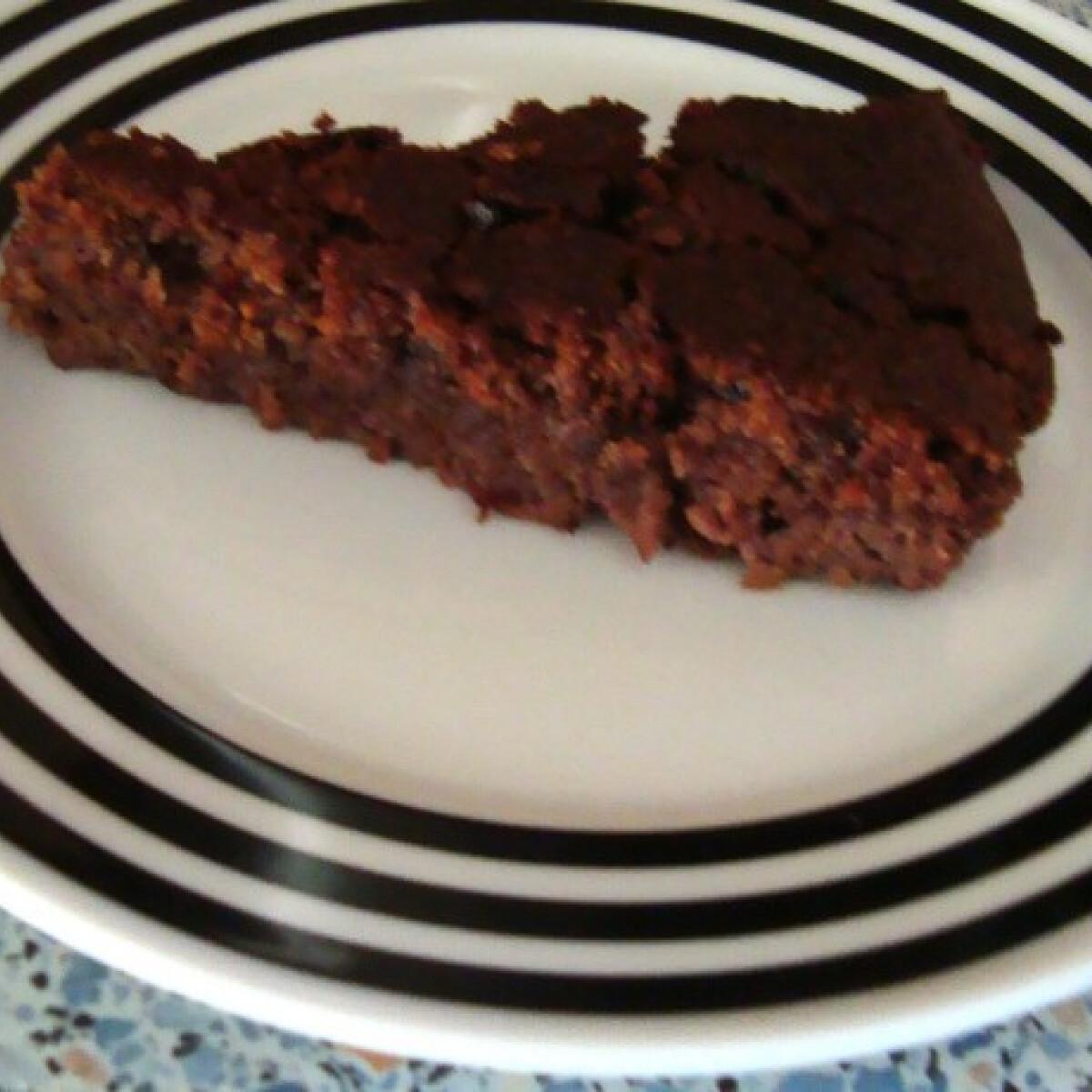 Ezen a képen: Csokis-diós-meggyes