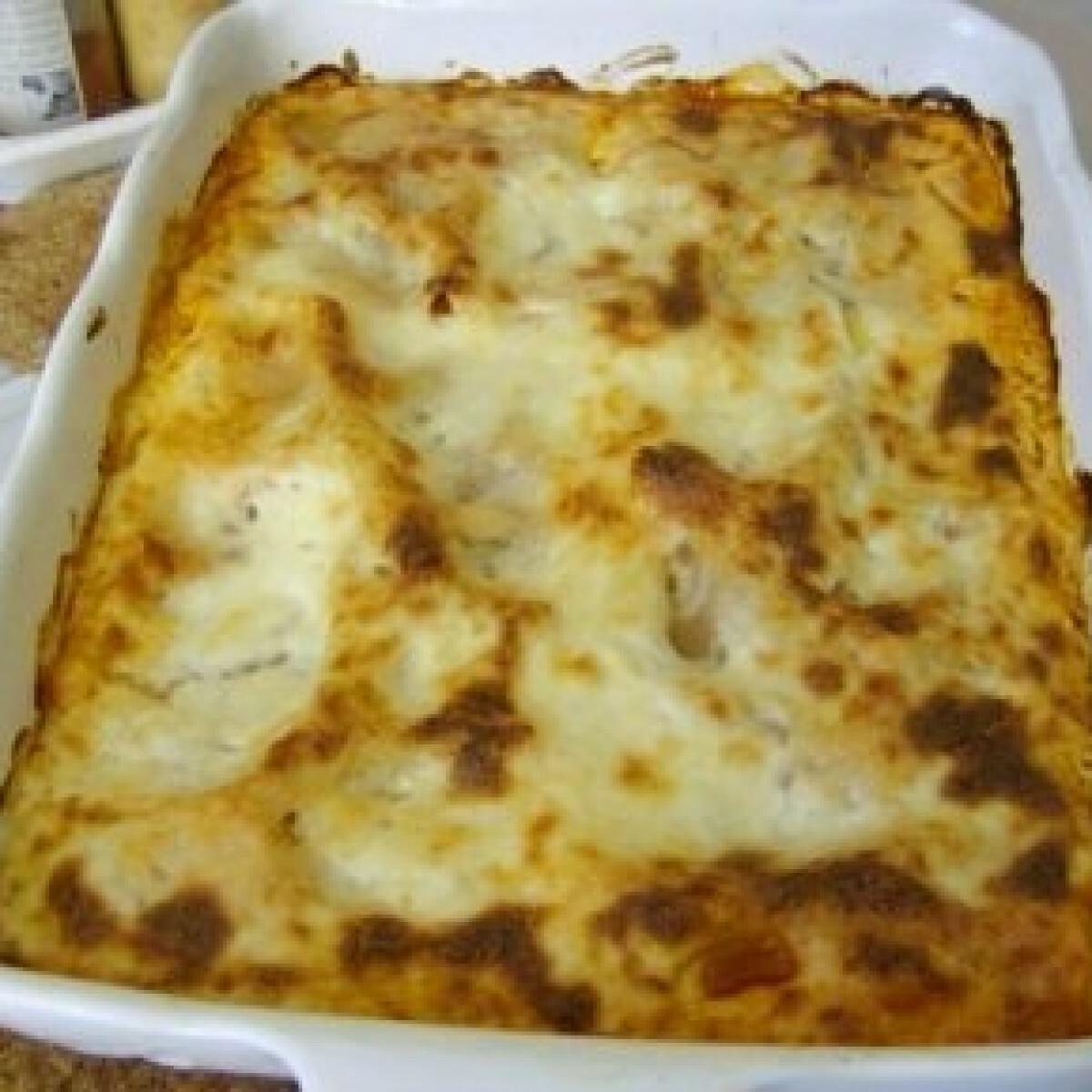 Ezen a képen: Lasagne 8. - besamell mártással