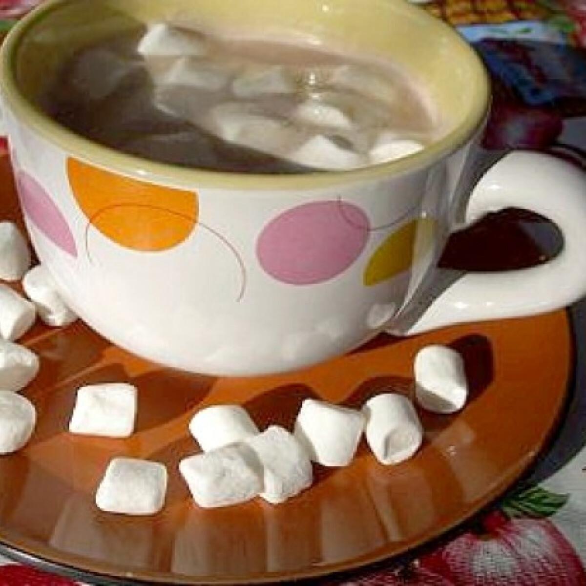 Ezen a képen: Forró kakaó pillecukorral