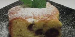 Nagyikám  kefíres-meggyes pitéje