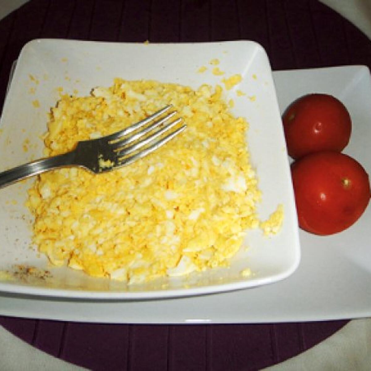 Ezen a képen: Sajtos tojáskrém