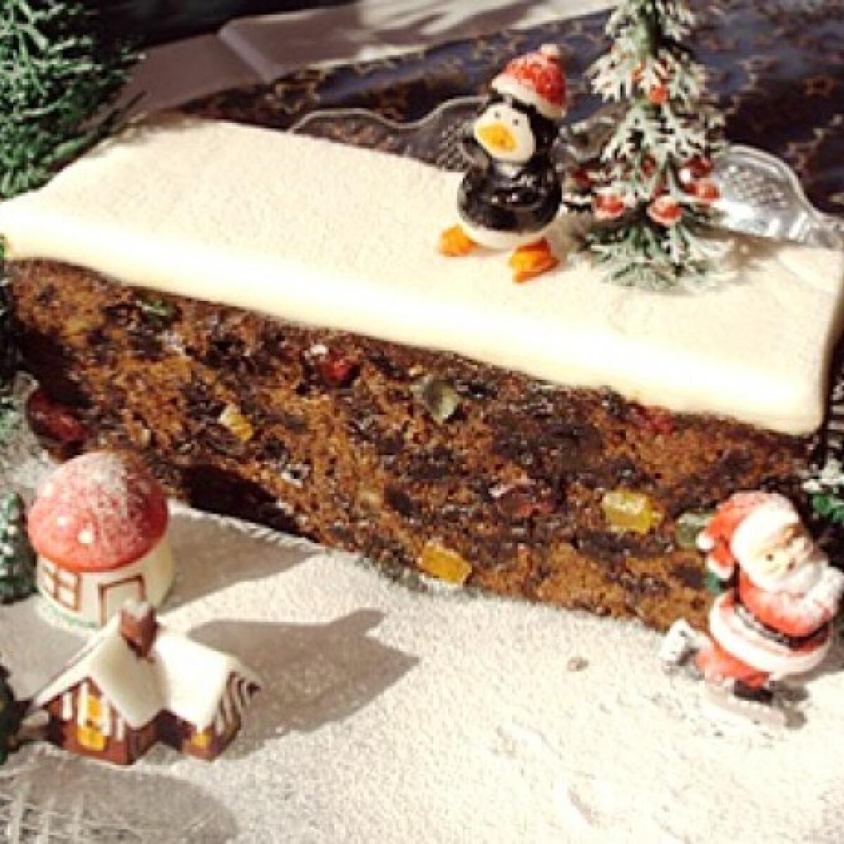 Ezen a képen: Christmas Cake
