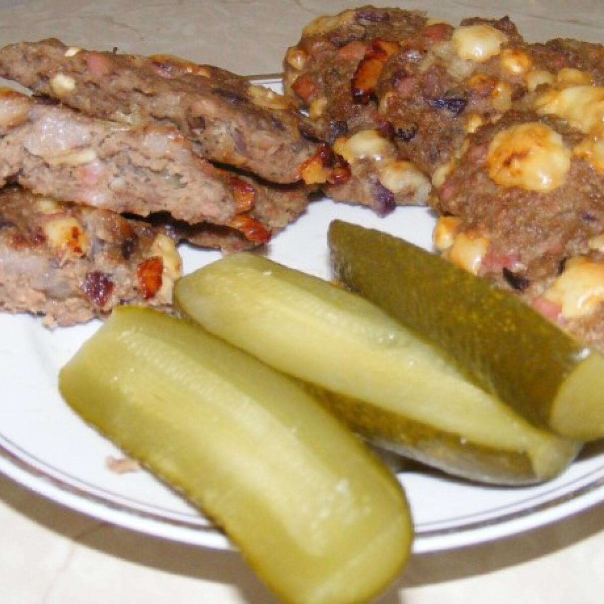 Balkán húspogácsa