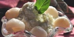 Japán gyümölcsrizs mentás lime-habbal, licsivel