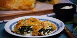 Spenótos-feta sajtos rétes