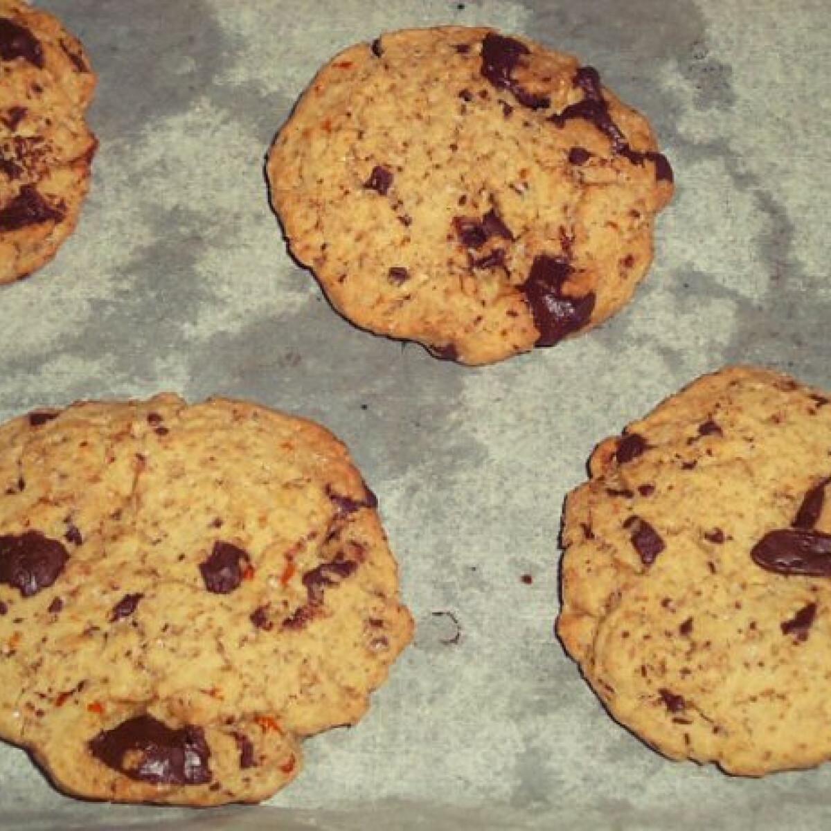 Ezen a képen: Narancsos-csokis keksz lara konyhájából