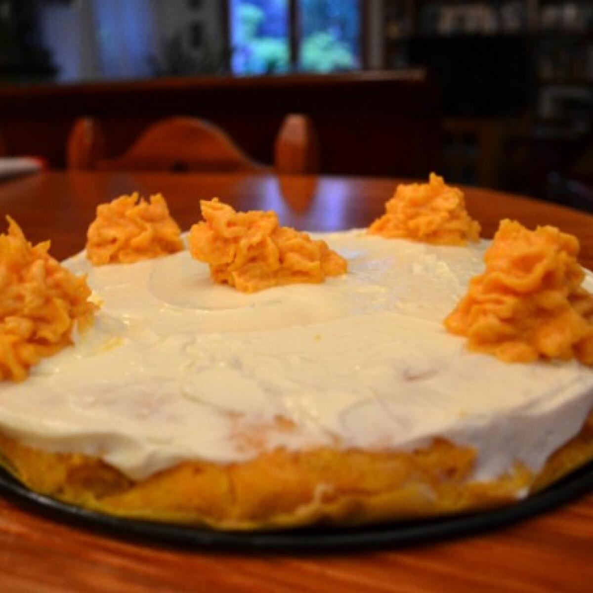 Ezen a képen: Sütőtöktorta citromos mascarponekrémmel