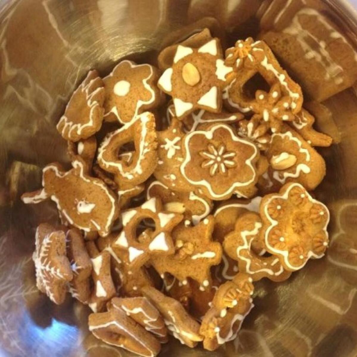 Ezen a képen: Mézeskalács Sandraa konyhájából