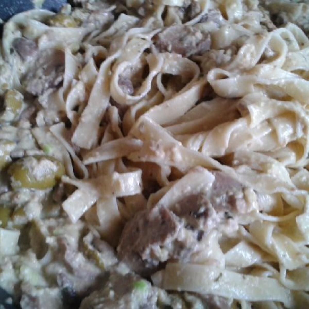 Ezen a képen: Avokádós tonhalas tészta