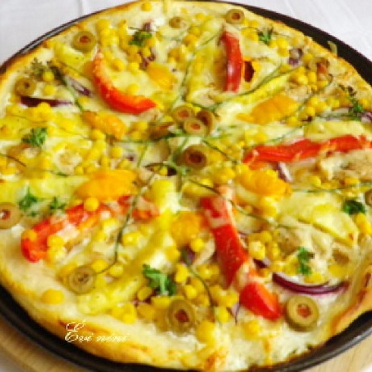 Ezen a képen: Török pizza Évi nénitől