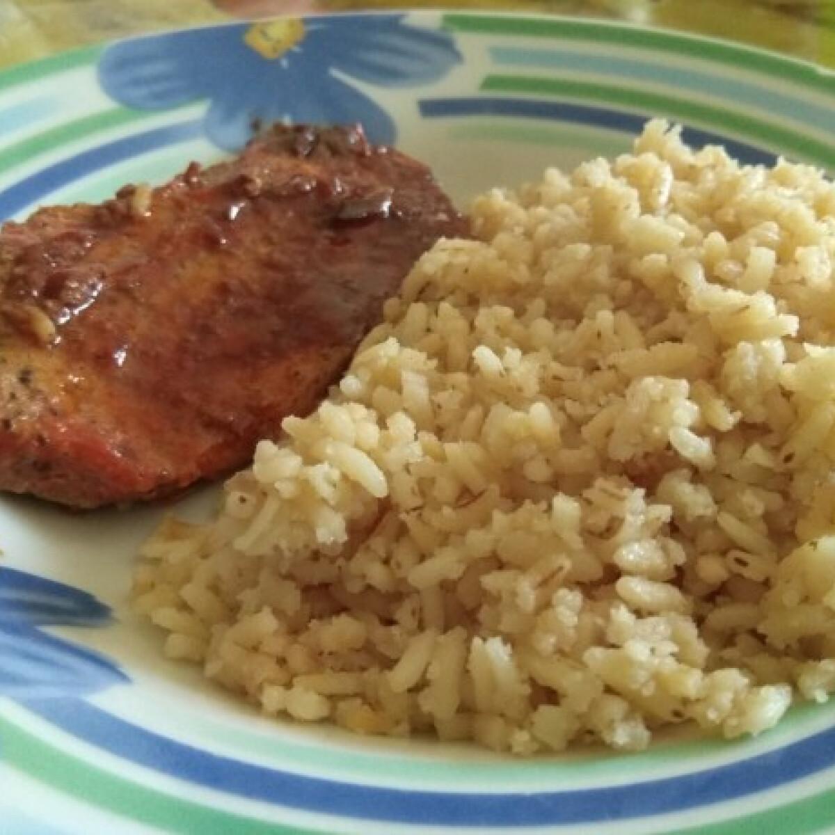 Ezen a képen: Paradicsomos karaj pirított rizzsel