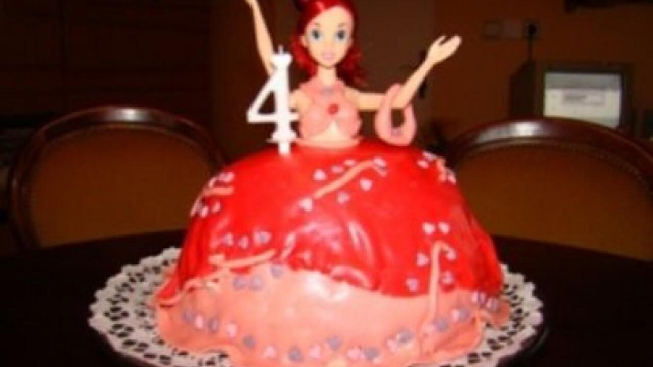 Mascarponekrémes Barbi torta
