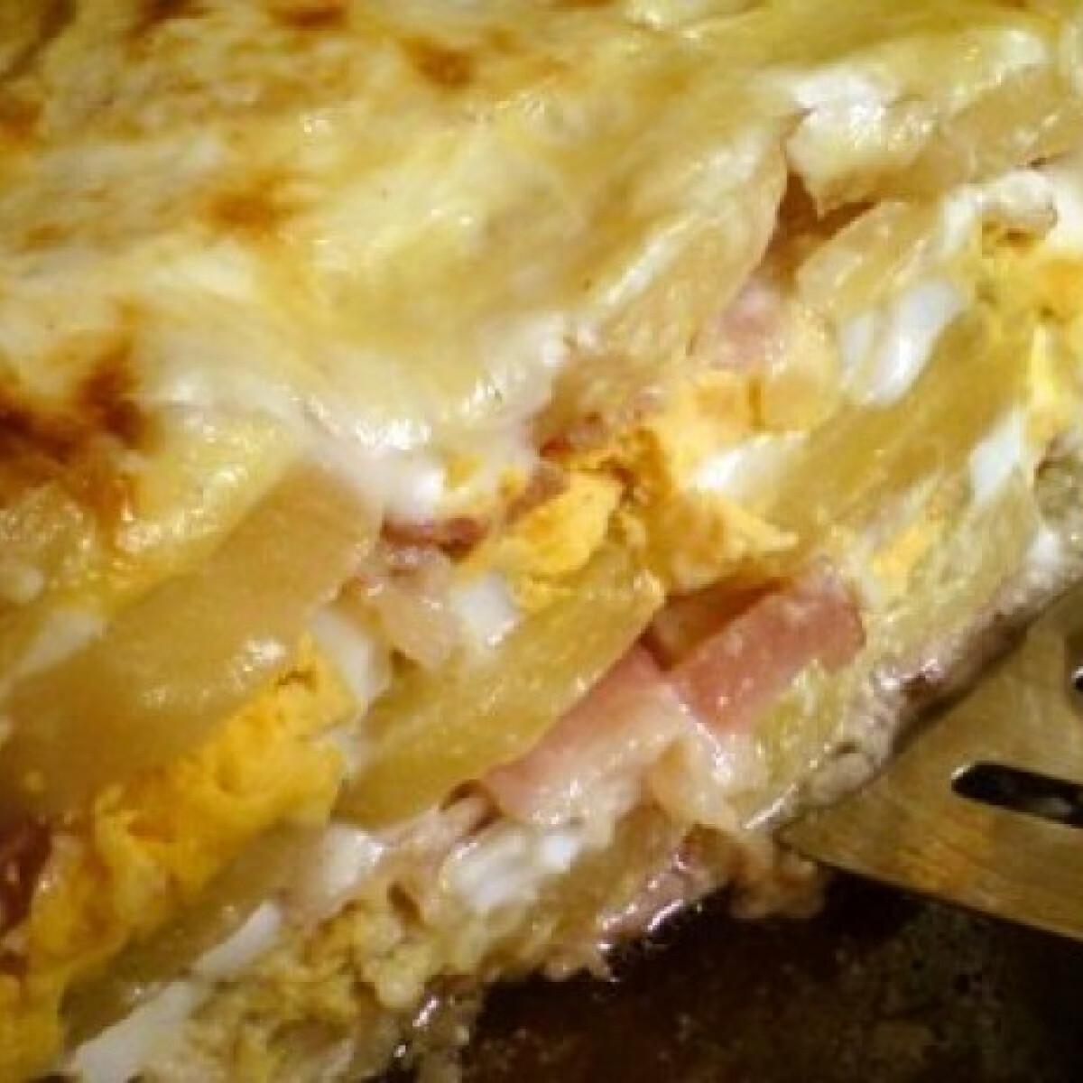 Ezen a képen: Baconnel rakott krumpli