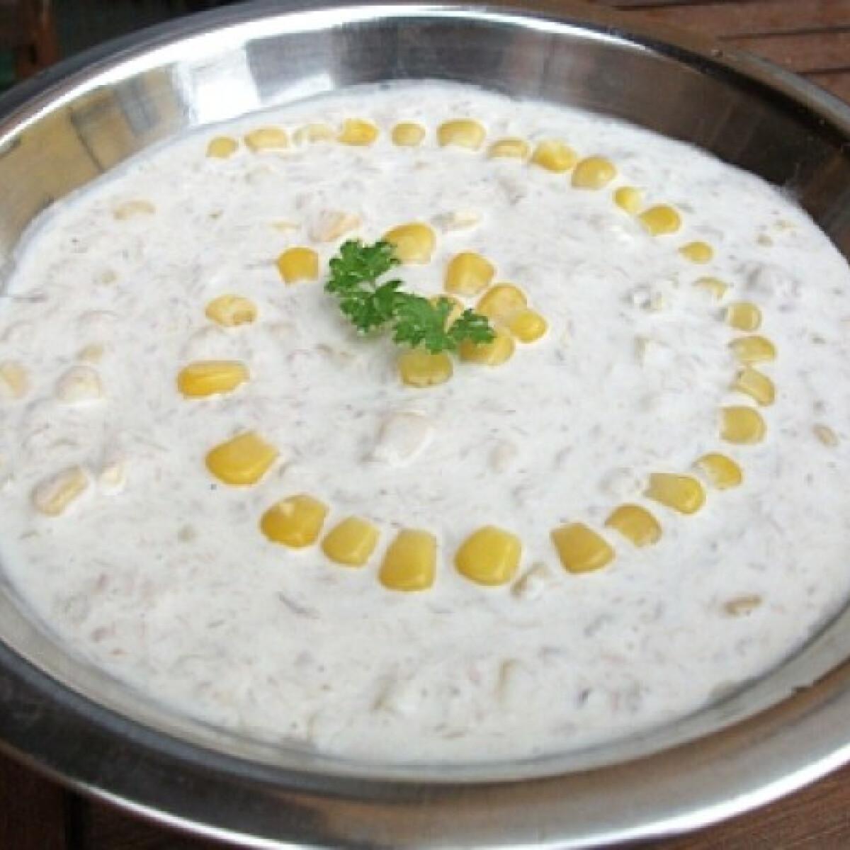 Ezen a képen: Tonhalsaláta kukoricával