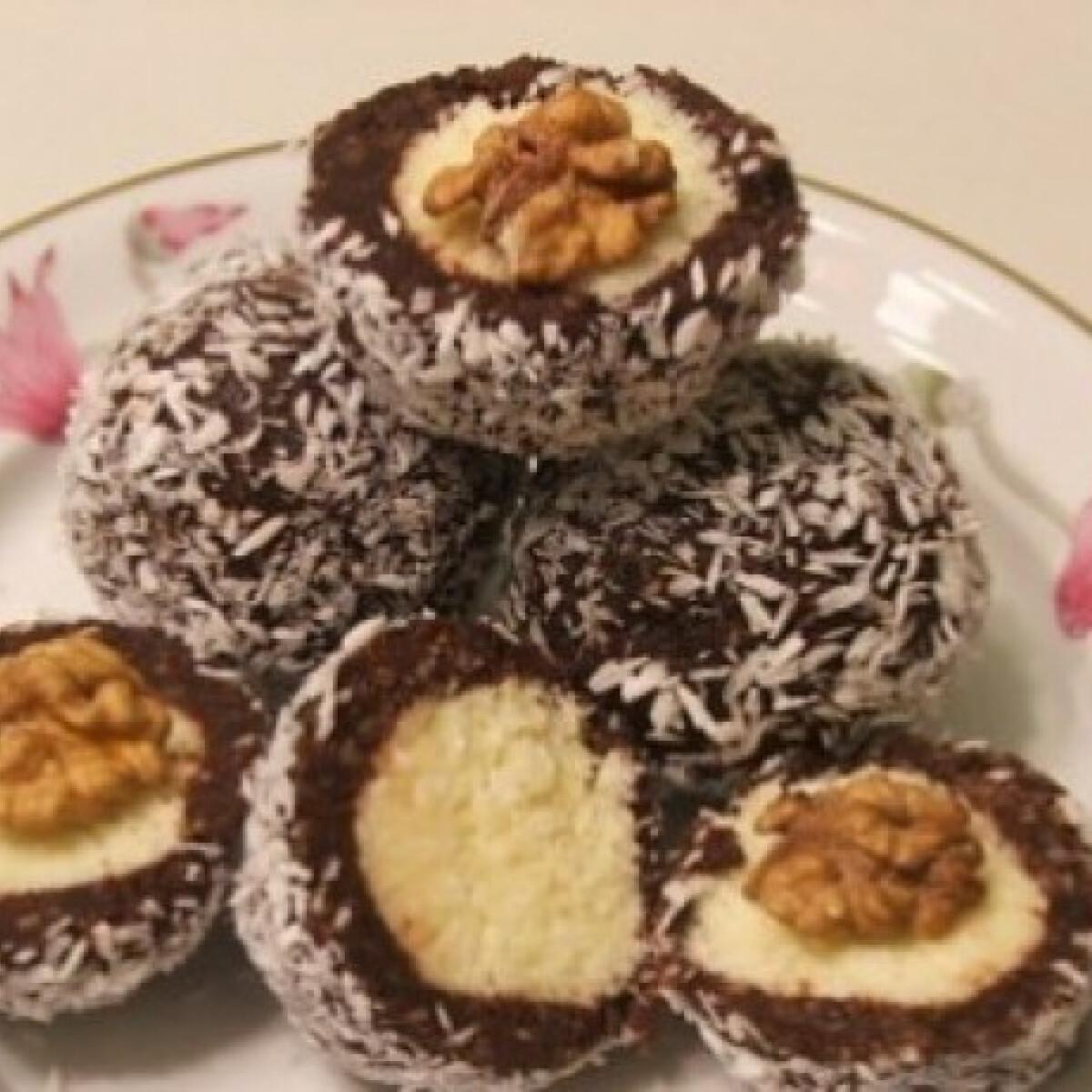 Ezen a képen: Kókuszdió - Hossó Anita konyhájából
