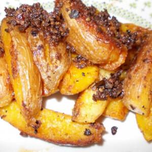 Mustáros-darált paprikakrémes burgonya